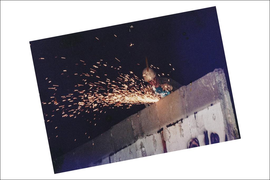 Walls_titel